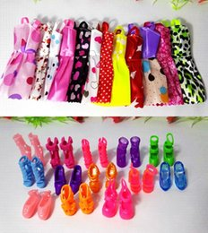 Wholesale Dress Pairs Doll Shoes - New 20 PCS Handmade Party 12 Clothes Fashion Mixed style Dress + 8 Pair Accessories Shoes for Barbie Doll Best Gift Girl Toy