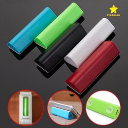 Wholesale triangle packaging - 2000 Mah Triangle Power Bank Portable Battery Charger with Suction Cup Function for Mobile Phone with Retail Package