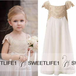 Wholesale Little Girls Waist - Cap Sleeves Vintage Flower Girls Dresses for Bohemian Wedding Little Kid Cheap Empire Waist Champagne Lace and Ivory First Communion Gowns