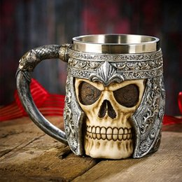 Wholesale Skull Mugs - 3D Stainless Steel Resin Skull Mugs Tankard Striking Skull Warrior Tankard Viking Skull Beer Mug Gothic Helmet Drinkware Vessel
