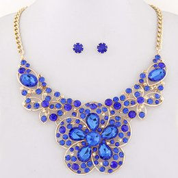 Wholesale Christmas Directions - Fashion 18K Gold Plated Jewlery Sets Crystal Flower Pendant Necklace Set African Beads Jewelry Set Stone Direction Bijoux Femme