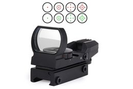 Wholesale Hunting Red Dot - hot Holographic 4 Reticle Red Green Dot Tactical Sight Scope with Mount for hunting New Free Shipping