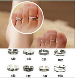 Wholesale Toe Cuffed - Retro Bohemia Foot Rings Female Carved Flower Tibetan Silver Toe Rings Open Cuff Boho Beach Jewelry Drop Shipping