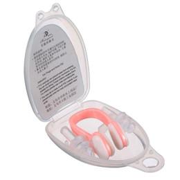 Équipement de piscine en Ligne-Clips de nez en silicone souple pour la natation + 2 bouchons d'oreille Bouchons d'oreilles Bouchon avec boîte de rangement Accessoires de piscine Sports aquatiques H210715