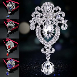 Wholesale american clip - Rhinestone Crystal Water Drop Brooches Pins Corsage Scarf Clips for Women Men Crystal Wedding Jewelry Gift Drop Shipping