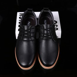 Wholesale Black Men Dress Shoe - Italian Fashion Leather Men Shoes Point Toe Elegant Qualit Leather Mens Dress Flats Shoes Oxford Shoes For Men