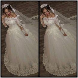 Wholesale Off White Bridal Veils - Luxury Vintage Long Sleeves off Shoulder Wedding Dresses Princess Lace Alliques Bridal Bride Gowns with veil robe de mariage