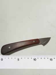 Herramientas artesanales para la artesanía en cuero. Cuchillo personalizado. Cuchillo pequeño para trabajos en cuero. desde fabricantes