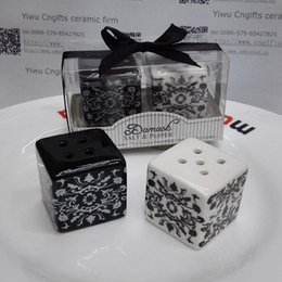Wholesale Wholesale Party Supply China - wedding gifts for guest Damask Ceramic Salt and Pepper Shakers china party supplies 200pcs(100sets) wholesale free shipping