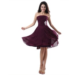 Wholesale Cheapest Girls Dresses - Hot Fashion 2018 Cheapest Women Homecoming Gowns Strapless Mini Chiffon Party Gowns V-back Girls School Prom Draped Cocktail Gown Good Stock