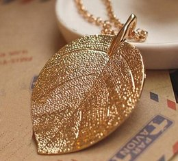 Wholesale Sweater Chain Necklaces Cheap - Golden Leaf Necklace Design Pendant Necklace for Women Cheap Costume Jewelry Long Sweater Chain Lady Girl
