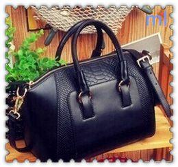 Wholesale crocodile hobo bag - 2016 Brand Designer Women Shoulder Bags Plain Crocodile Leather Handbags 6 Colors Big Capacity Women Tote Messenger Bags Hot Selling L&M87