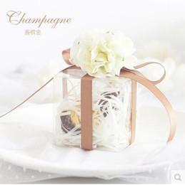 Wholesale Transparent Silk Flowers - 2016 New Wedding Candies Boxes Rose Silk Flower Transparent Plastic Boxes Romantic Candies Boxes Creative Wedding Accessories