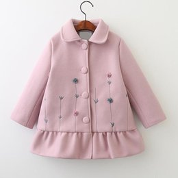 Wholesale Girls Trench Coat Princess - Kids Girls Wool Coat Baby Girls Floral Embroidery Trench Coat 2017 Winter Infant Princess Turn-down Collar Outwear Children Clothing B958