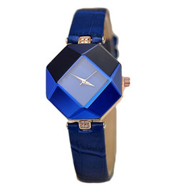 Wholesale Best Selling Leather Watches - Luxury fashion vintage rhomb women wrist watches best selling watches hot selling latest style quartz watch