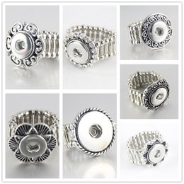 Wholesale Flexible Heart - hot sale Noosa crystal Elegant Round Metal snap button rings trendy flexible fit 12MM snap buttons DIY fittings wholesale women R005