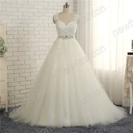 UK wedding dress sweetheart beading real - 2017 Princess Ball Gown Wedding Dresses Sweetheart Neckline Cap Sleeve Beaded Sequins Lace Appliques Bridal Gown with Beading Belt