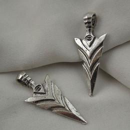 antike waffen Rabatt Retro Style Antik Silber Legierung Schwert Charme Waffe Anhänger Handwerk Dekor 14 stücke schmuck machen