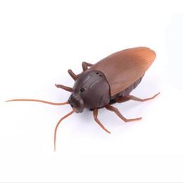 RC Ants Cafards Araignées Télécommande Mock Faux RC Toy Animal Xmas Trick Terrifiant Jouet 1.5 V (AG13) Batterie rapide expédition ? partir de fabricateur