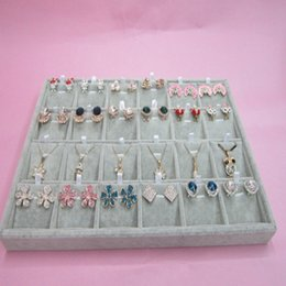 Wholesale Earrings Tray Display - 3 Gray Velvet 24 Compartment Necklace earring Organizer Earring Pendant Chain display Jewelry Display Trays Box Stand