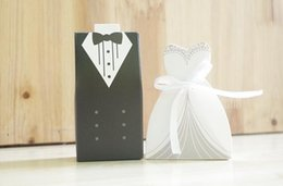 Wholesale Dhl Bridal Gowns - 100pcs by dhl fedex Wedding Favor Candy Box Bridal Gift Ribbon Dress Gown Groom Tuxedo Sugar Case