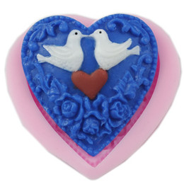 Wholesale Heart Soap Mould - New Pigeon Flower Pattern Love Heart Design Modeling Fondant Chocolate Candy Pudding Mold Soap Silicone Mould