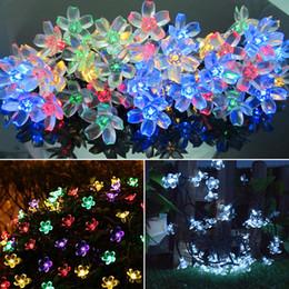 Персиковые светодиодные фонари онлайн-Светодиодные персик Сакура солнечной энергии света Хэллоуин рождественские украшения 50 огни дома Открытый сад патио праздничные атрибуты WX9-37