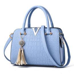 Wholesale Satchels Hand Bags - Women Designer Bags totes Crocodile Pattern Clutch Hand Diagonal Female Packs PU Package Diagonal Cross Body handbags Tote Bag