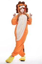 barato adulto animal trajes Desconto Venda quente Barato Leão Anime Pijamas Cosplay Adulto Vestido Sleepwear Halloween S M L XL