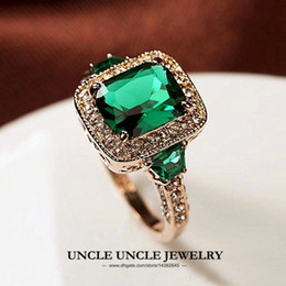 Wholesale Gold Filled Green Rings - High Quality Man-Made Green Emerald Luxury Woman Ring Rose Gold Color Rectangle Crystal Lady Engagement Ring Wholesale 18KRGP