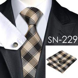 Wholesale Mens Silk Ties Cufflinks - 2016 Fashion 40 Styles Gravata Tie Hanky Cufflink Sets 100% Silk Neckties Ties for Mens Business Wedding Party Free Shipping