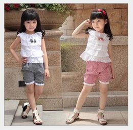 Wholesale Grid Girl Outfits - 2016 Summer Baby Girl 2pcs Bow lace Suits T-shirt+Shorts Clothing Cotton Sets Top T-shirt And grid plaid Shorts Outfits Kids Clothing Suits