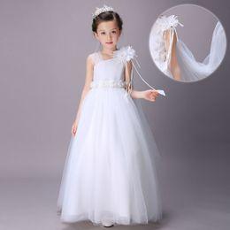 Wholesale Abito da sposa bianco con fiori in pizzo principessa abiti da sposa per un matrimonio con fiori