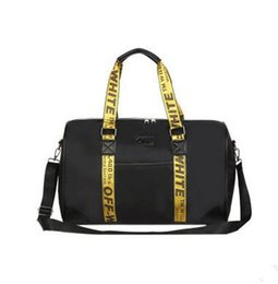 Wholesale Hot Journey - Hot Brand Duffel Bags Large Capacity Fashion Casual Shoulder Bags Short Journey Business Travel Bags Large Handbags