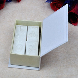 Wholesale Book Souvenir - 4pcs set Scented White Love Story Candle In A Book Shape Case Wedding Favor Birthday Party Gift Baby Shower Souvenirs ZA1252