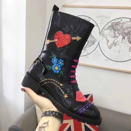 Wholesale Italian Style Shoes Women - Women Boots fashion Half Boots Luxury brand Italian designer shoes New arrive Graffiti Style woman boots model 191544236