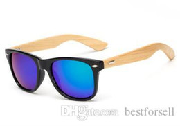 Wholesale gold wood sunglasses - Fashion Natural Wood Sunglasses Retro Bamboo Men Women Wooden Brand Designer Goggles Gold Mirror Sport Sun Glasses lunette oculo Cheap