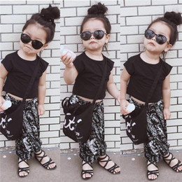 Wholesale Shorts Crotch - INS children outfits girls T-shirts+Pattern Pull crotch pants 2pcs set baby girl National wind sets cotton children clothes