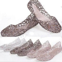 Wholesale Ladies Flat Crystals Sandals - Wholesale Fashion Women's Ventilate Crystal Shoes Ladies Jelly Hollow Sandals Flat Shoes