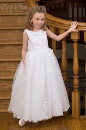 2019 vestido de princesa bowknot sash Adorável menina pageant dress com faixa bowknot zipper apliques de jóias apliques de flores meninas vestidos de princesa até o chão menina vestidos vestido de princesa bowknot sash barato