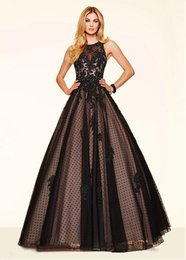 Wholesale Cheap Sexy Lace Ball Gowns - 2016 Quinceanera Dresses With Tulle Ball Gown Scoop Neck Polka Dots Lace Appliques Beads Sequins Cheap Party Dresses #DL70043