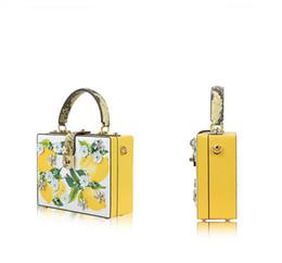 Wholesale Flower Match - Lemon Python package small Satchel Bag female Diamond Flower suitcase all-match shoulder bag