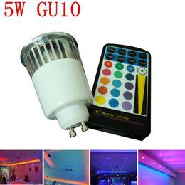 Canada 85-265V AC 5W RGB GU10 LED Spotlight changement de couleur ampoule s'allume avec 28keys IR Remote livraison gratuite Offre