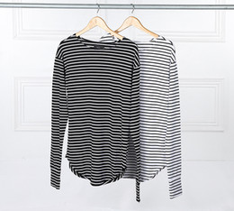 Wholesale Sleeve Extra Long Shirt - 2016 Hot Streetwear Hip Hop Kpop Hipster Urban Striped Curved Hem Tee Mens Clothing Extra Long Sleeve Longline T shirts M-XL