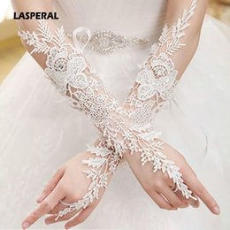 Wholesale Sexy Brides Gloves - Wholesale- LASPERAL New Sexy Lace Women Gloves Hook Fingers Beaded Gloves Embroidered Bride Mittens Beautiful Accessories Gloves