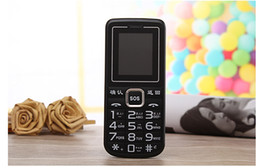 Wholesale Cheap Phones Big Screens - Cheap mobile phones through A999 caring flashlight characters big sound big button elderly mobile phone handset selling gift
