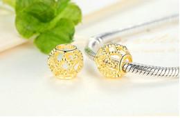 925 Ayar Gümüş Kaplama 14 k Altın Hollow Avrupa Charms Boncuk Fit Pandora Yılan Zincir Bileklik Bilezik DIY Takı Boncuk nereden