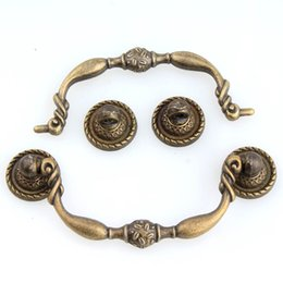 Wholesale Old Bronzes - antique brass drawer cabinet pulls knobs bronze rustico vintage old furniture drop shaky simple handles furniture pulls