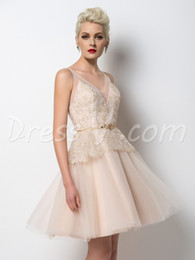 Wholesale Pink Retro Bridesmaid Dresses - 2017 Cheap Glamorous Retro V-Neck Short Bridesmaid Dress Lace Beading A-Line Summer Wedding Party Guest Dresses Maid of Honor Dresses