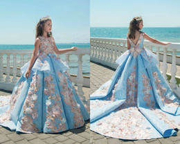 Wholesale Luxury Chocolate Gifts - Luxury Flower Girl Dresses For Wedding Blue Ruffle 3D Floral Applique Beads Girl's Pageant Dress Sweep Train Birthday Best Gift For Baby